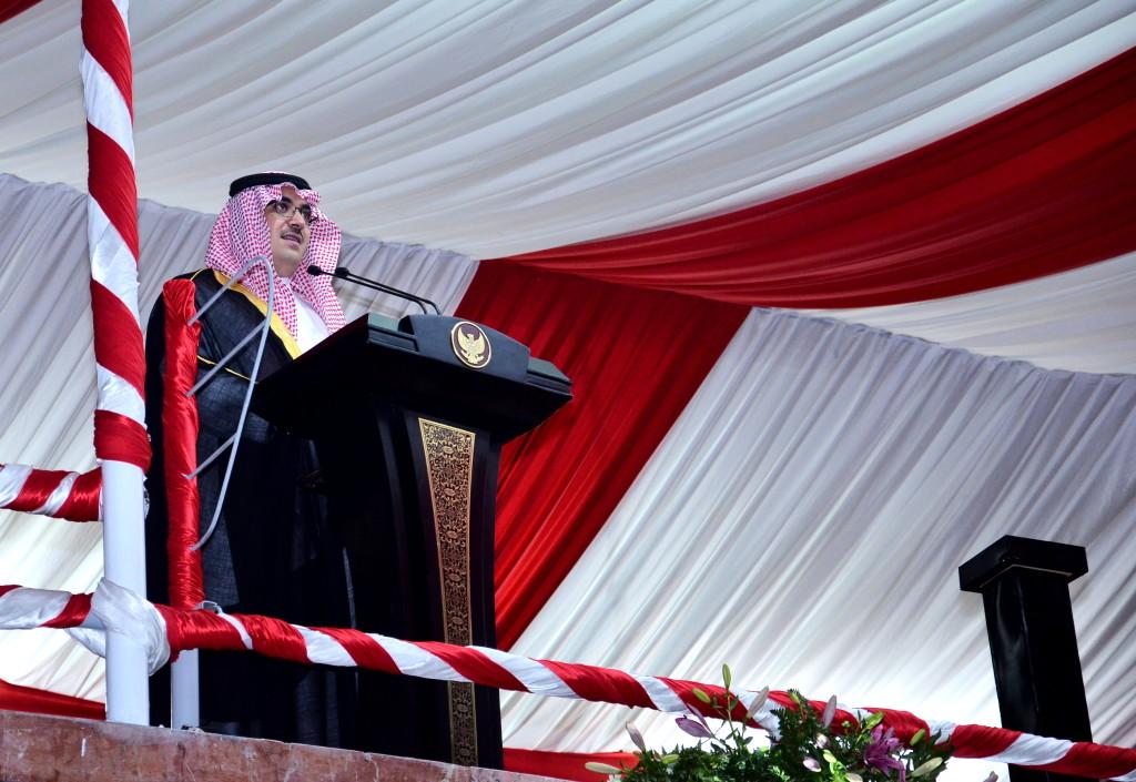 Pangeran Nawaf Faisal Pahd Bin Addul Aziz,