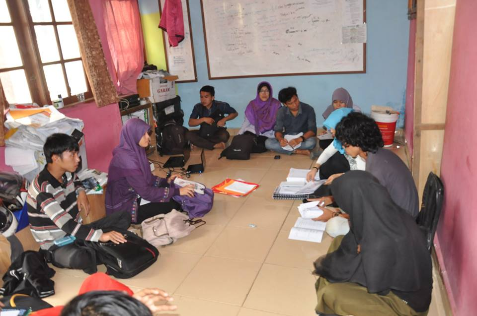 Rapat Lanjutan Diklat Ganas 2015 LPM Ukhuwah