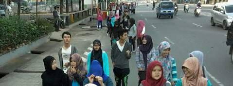 suasana jalan santai mahasiswa Fakultas Dakwah dan Komunikasi, serta masyarakat sekitaran UIN Raden Fatah Palembang, pada minggu (14/06/2015)