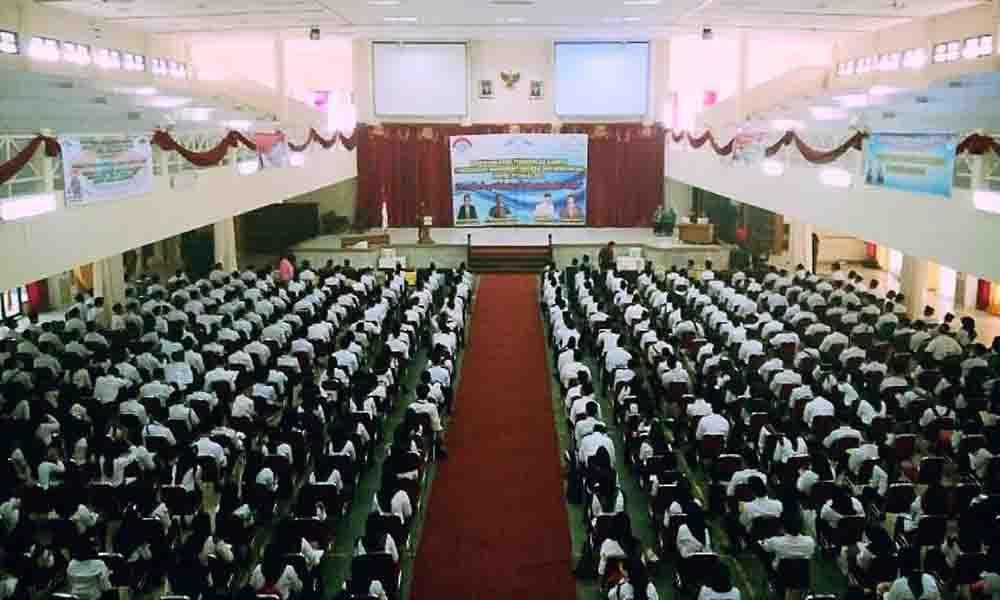 Suasana Ospek Pusaka Fakultas Dakwah dan Komunikasi  yang digelar di Gedung Akademik Center UIN Raden Fatah. Kamis (10/9/15).