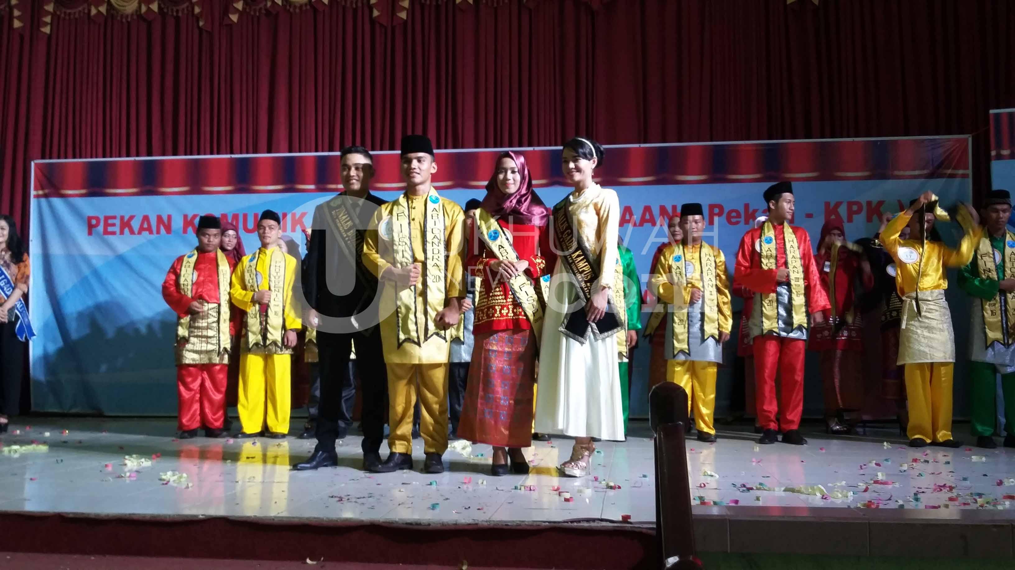 Pemenang- Milano Fajar Anugrah, terpilih sebagai Abicandra dan Faila Ulfa sebagai Abiasa dalam acara Pemilihan Abicandra dan Abiasa Kampus, pada Pekan Komunikasi Politik Kebangsaan (P-KPK) yang digelar oleh Fakultas Ilmu Sosial dan Ilmu Politik (FISIP), di Gedung Akademik Center (AC) Universitas Islam Negeri Raden Fatah (UIN RF) Palembang, Selasa (1/11).