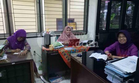 Dosen Fakutas Syari'ah dan Hukum Universitas Islam Negeri Raden Fatah (UIN RF), sedang mendiskusikan Jurusan Ilmu Hukum yang belum Terealisasi. Kamis (23/02/17) ukhuwahnews/ Futri