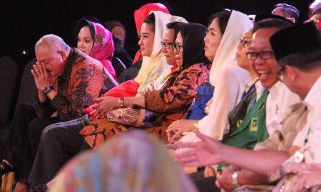 Gubernur Sumatera Selatan Alex Noerdin hadir dalam debat Pemilihan Gubernur Sumatera Selatan 2018 di Hotel Wyndham Palembang, (21/06/2018). Ukhuwahfoto/Nopri Ismi