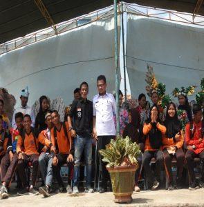 Gaun Daur Ulang Sampah; Plastik, Kertas, Karung etc, Dalam Acara Fashion Show Tingkat Pelajar Se-SMA Negeri 1 Tungkal Jaya